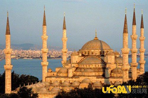 君士坦丁堡的血泪:君士坦丁堡的诡异陷落