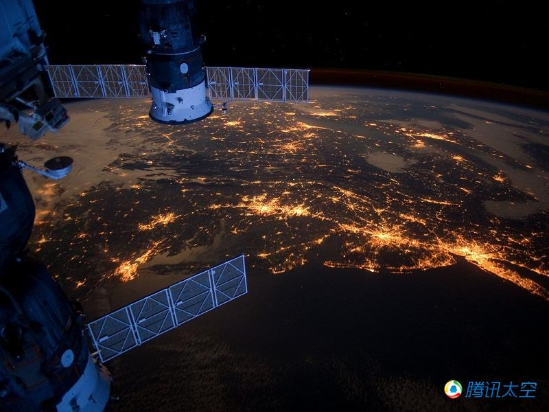 从国际空间站上观察那些人