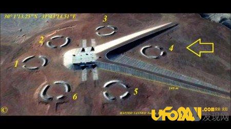 埃及出现神秘建筑,网友:这是UFO基地?