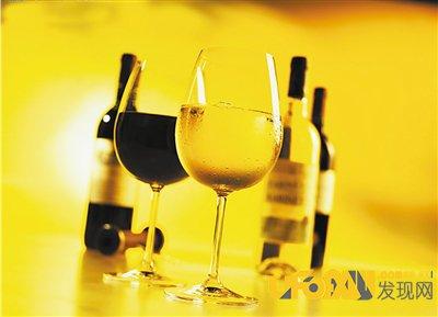解酒的最快方法:看世界上醉酒后吃什么食物最解酒