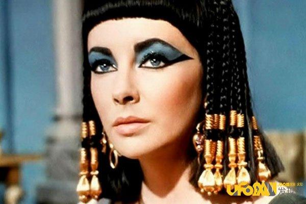 埃及艳后死亡之谜:陵墓竟被建在海底