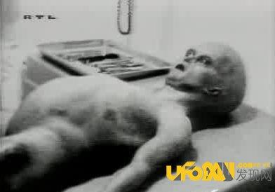 罗斯威尔事件绝密文件:竟发现完整外星人尸体