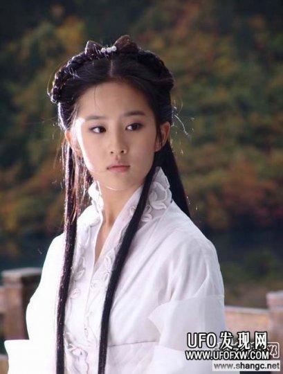 刘亦菲最早拍的电视剧,都有这些片子