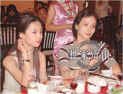 刘亦菲年轻时候照片,神仙姐姐美得冒泡