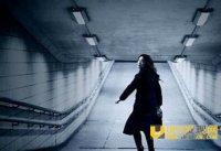 日本地铁灵异事件实录 亲历者竟自觉卧轨自杀