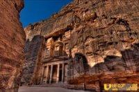 世界文化遗产约旦古城佩特拉地底隐藏以石板铺成的平台遗址