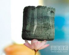神奇材料石墨烯气凝胶制作最轻降