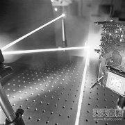 英研制相机光速拍摄:记录光脉冲飞行