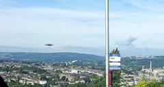 英国男子拍摄风景却意外拍到碟形UFO