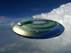 英国女子称自己40年遇到17次外星