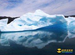 导致泰坦尼克号沉没的格陵兰岛冰川正加速移动